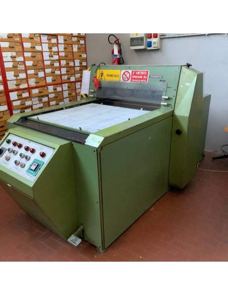 Used Automatic Sample Cutter Macchi Riccardo