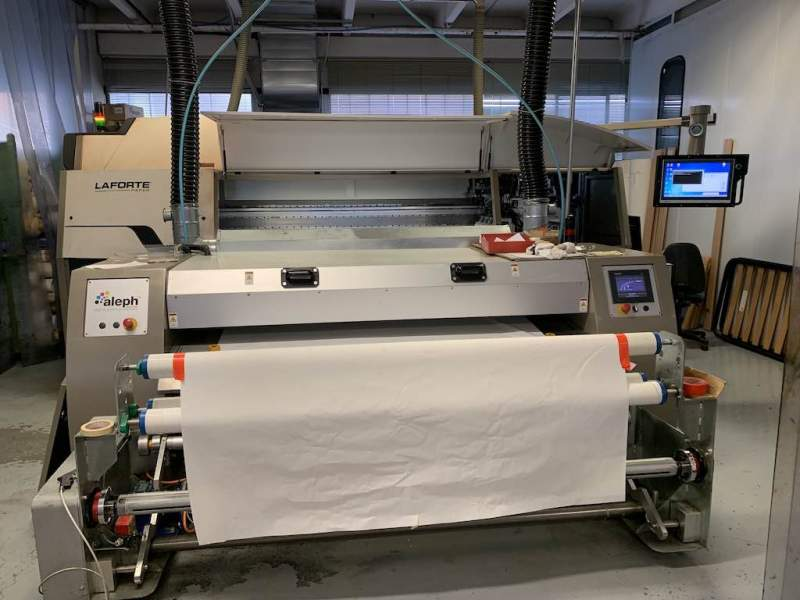 Digital printing machine for paper...
