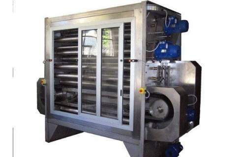 Wet brushing machines for wet corduroy brushing process
