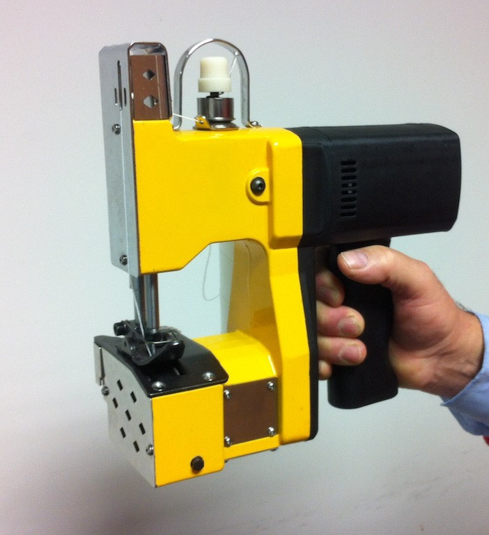Portable sewing machine chain stitch Texma - Comotrade ...